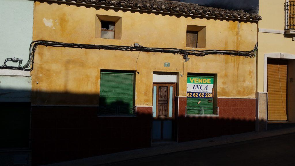 Proyecto para una nueva  construcción de viviendas en Calle Puerto Rico, Yecla.