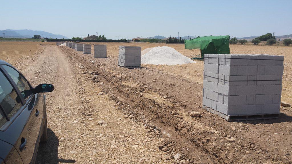 Proyecto de medición y proyecto de vallado en terreno, zona de las Virtudes, Villena.